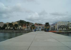 Entrée de la marina de Mindelo-Sao Vicente, Cap-vert