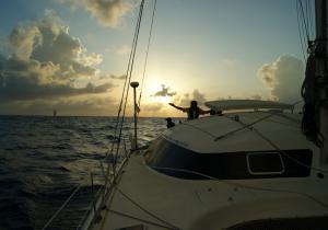 Skipper Gilles Robert pendant la transat sur le Freydis 49 Vaovao